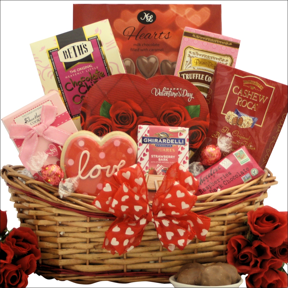 Indian-wedding-gift-ideas-a-basket-full-of-love-Utkal-today